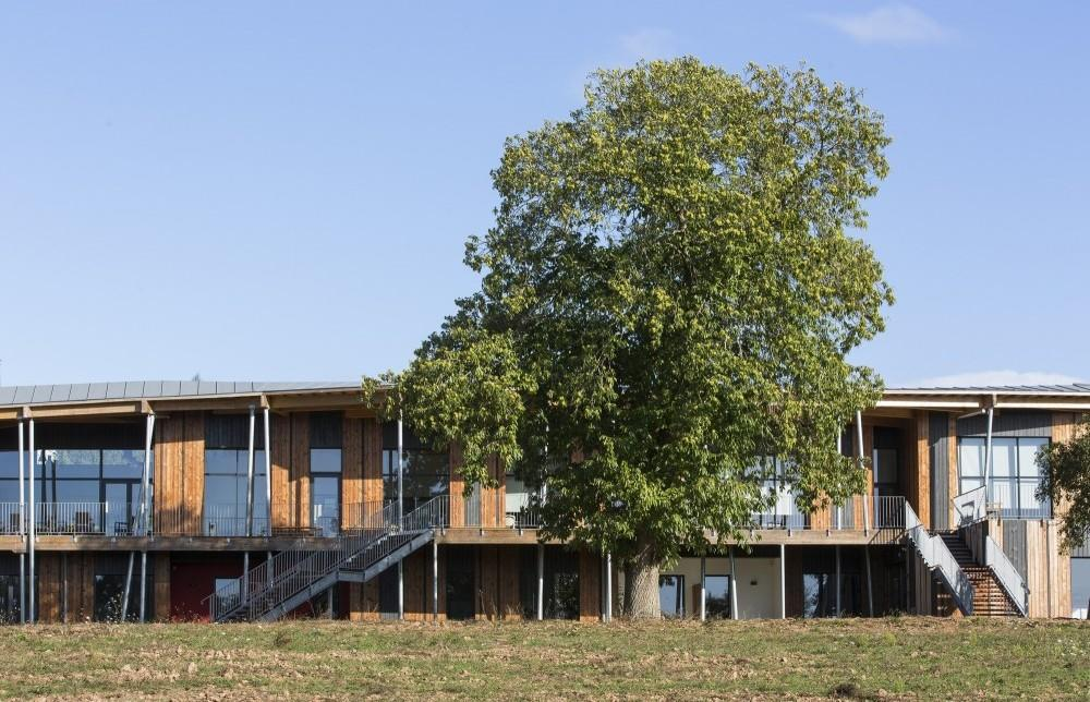 Concoret housing for the elderly project architype for Architecture nomade